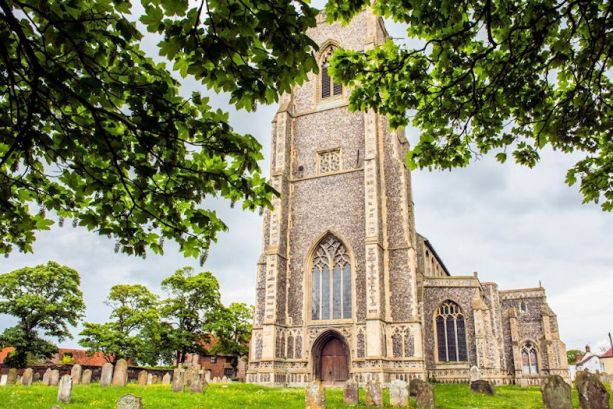 Haunted Churches (St Marys Worstead)