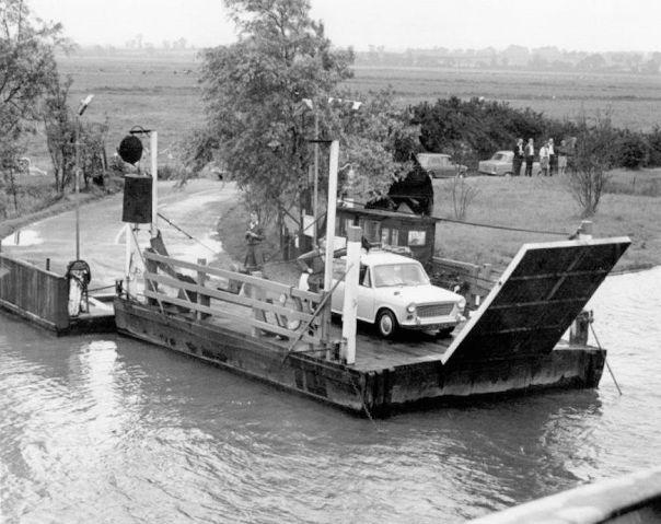 Reedham Ferry (1950s)1