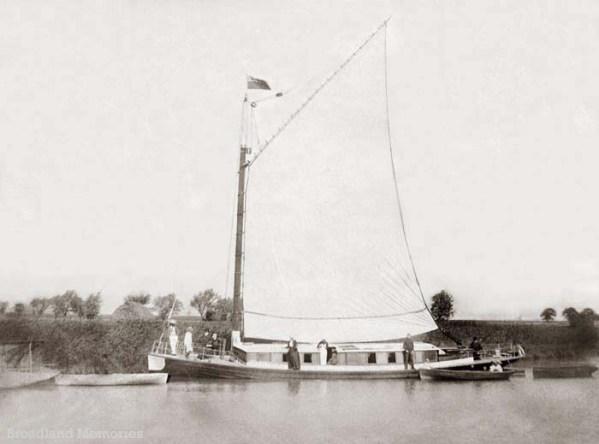 Victorian Broads Cruise2