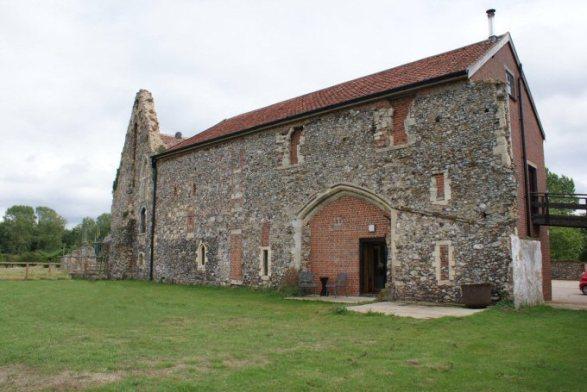 Langley Abbey (Barn)