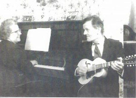 Rednall-piano-mandolin-300x217