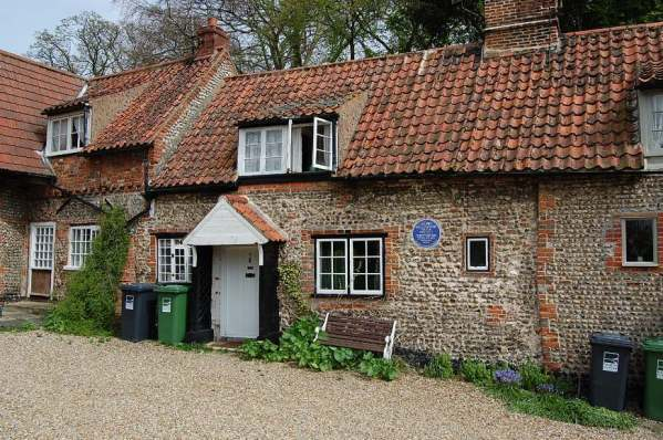 Stiffkey ( H Williamson Cottage)
