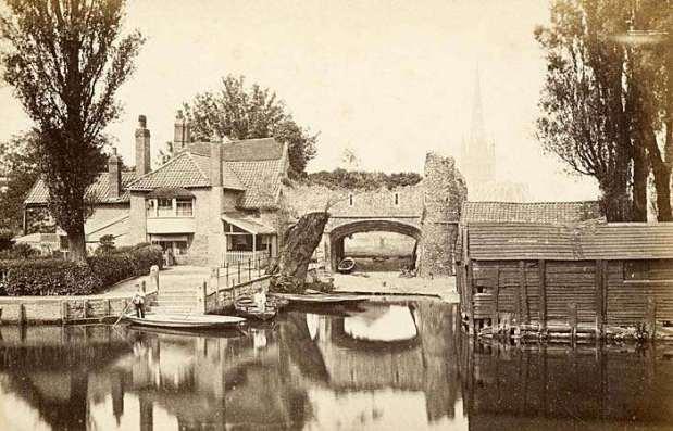 Pulls Ferry (1850-1900)