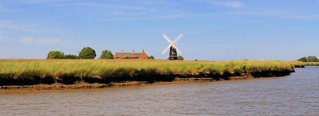 Berney Arms Windmill (by Ian Dinmore)