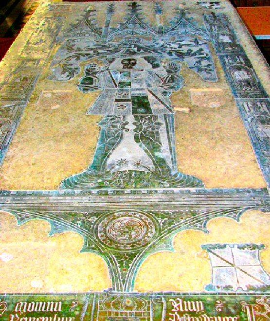 Hunstanton Hall (Roger Le Strange Tomb)