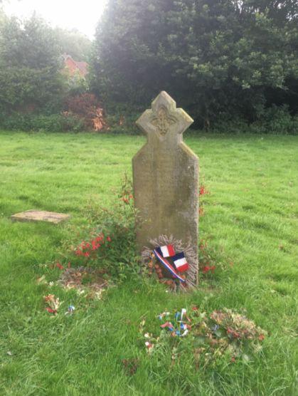 Norfolk Militia (Jean De Narde's Grave in Dereham Churchyard)