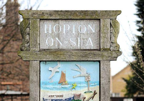 Hopton 3 (Sign)