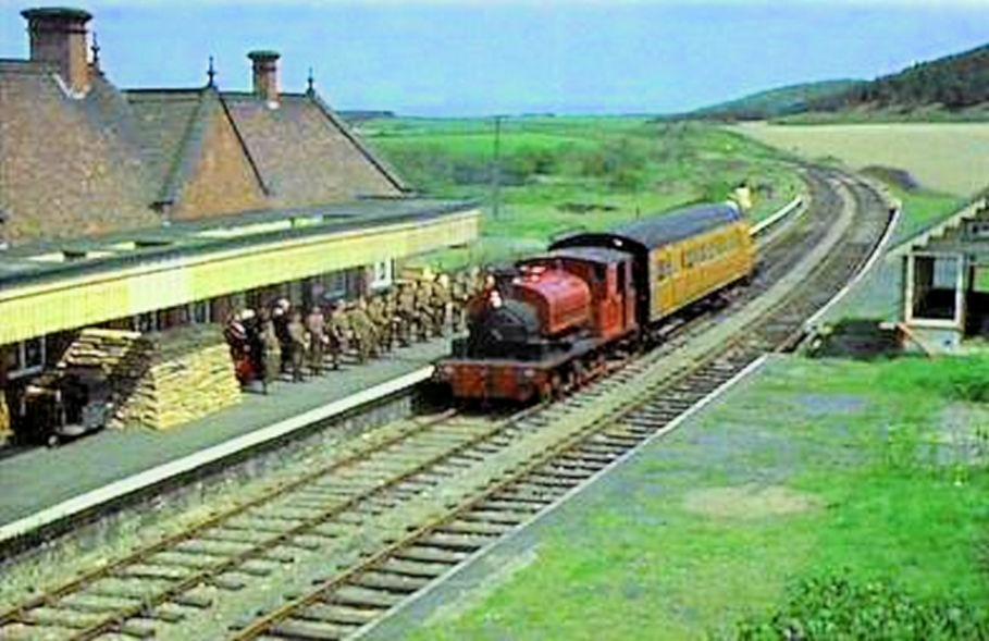 Weybourne Walk (The Royal Train)