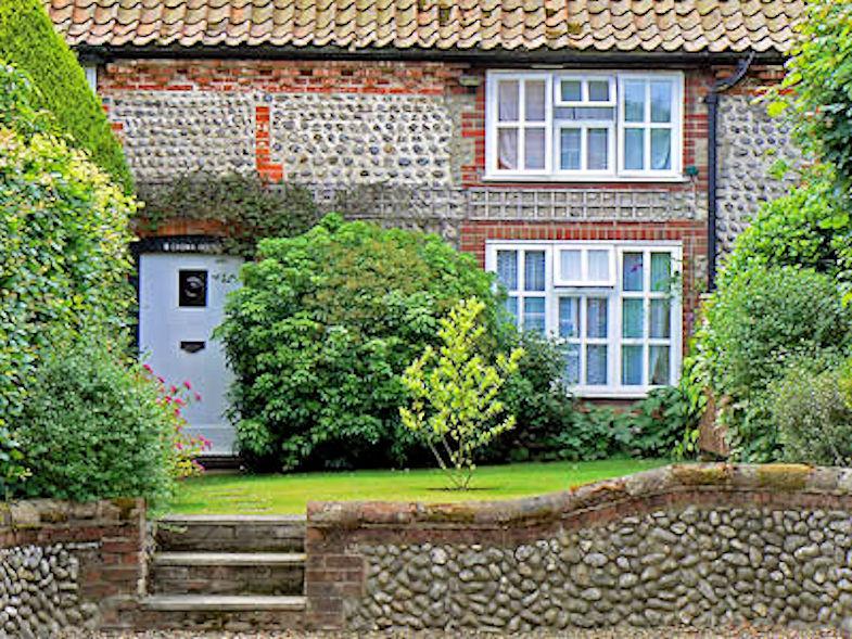 Weybourne Walk (Cottage)