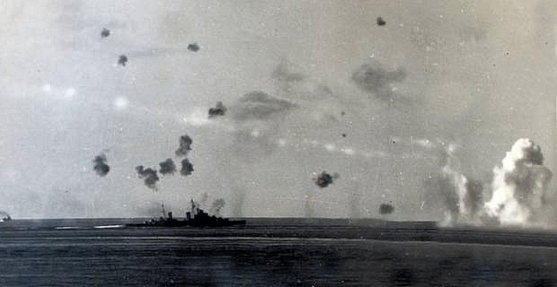 HMS Umpire (Convoy under attack)2