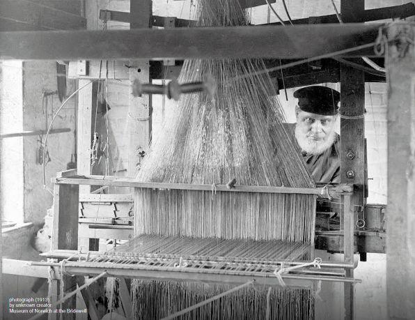 Norwich Shawls (Weaving)1