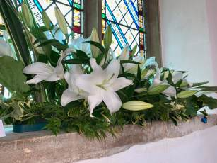 WroxhamChurch (Flowers)116