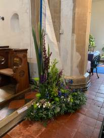 WroxhamChurch (Flowers)121