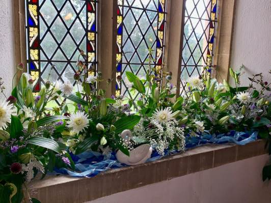 WroxhamChurch (Flowers)6