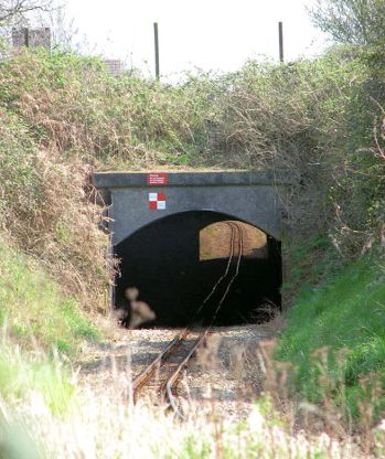 Bure_Valley_Railway_-_Aylsham_bypass_tunnel-by-Evelyn-Simak
