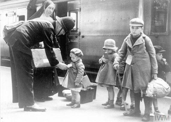 Norfolk at War (Evacuees)