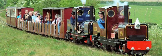 wells-walsingham-light-railway-train (