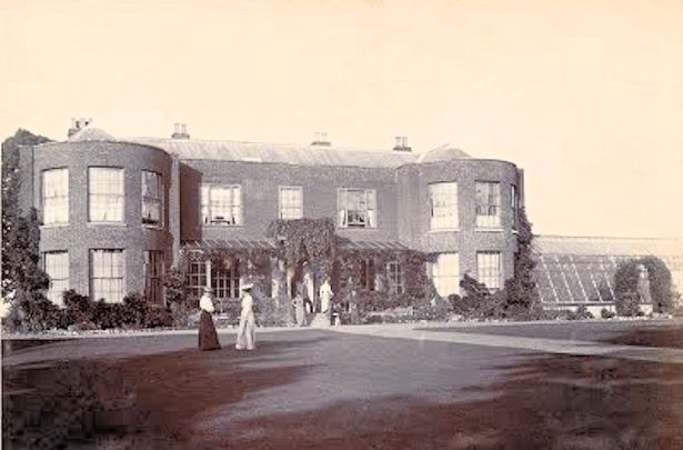 Framlingham Earl Hall (c1900)