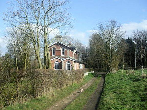 Starston (Starston Station_Wikipedia)