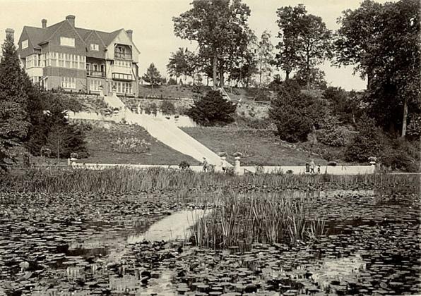 Brundall Gardens (Redclyffe House)2