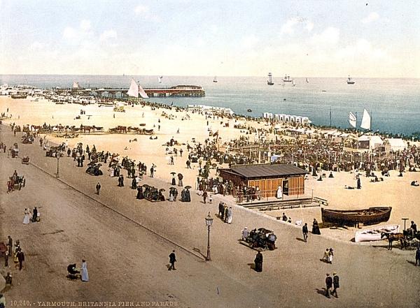 Belle Steamers (Yarmouth Promenade 1895)