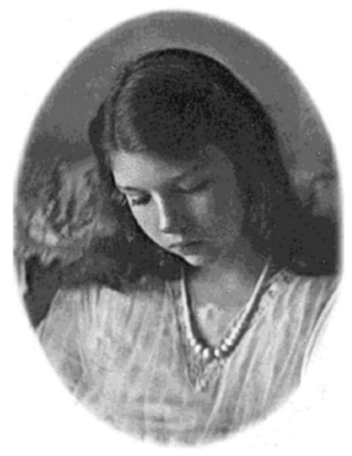 Sylvia Warner (Elizabeth Wade White at age 18 in 1924 at Westover School_Wikipedia)