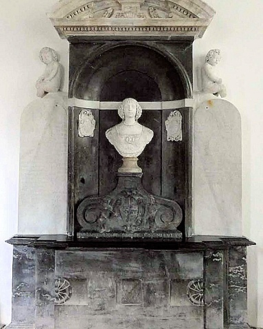 Paston (The Tomb)6