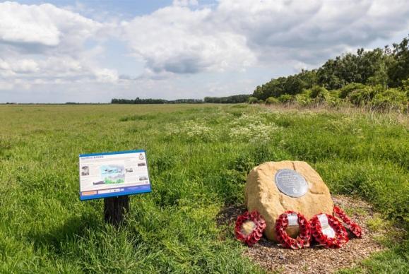 Spitfire X4593 (Memorial)