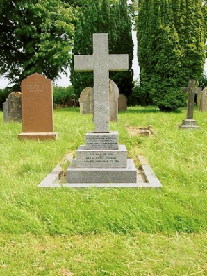Grave of Major Edwards VC in St George's Churchyard, Norfolk.